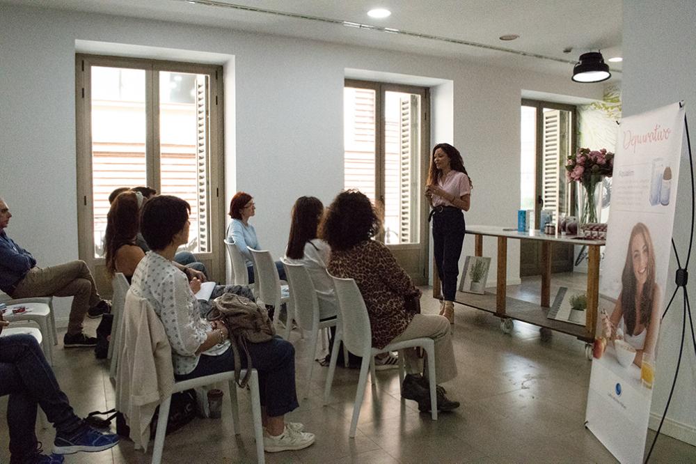 Patricia Pérez da comienzo a la Master Class en Nutrición.