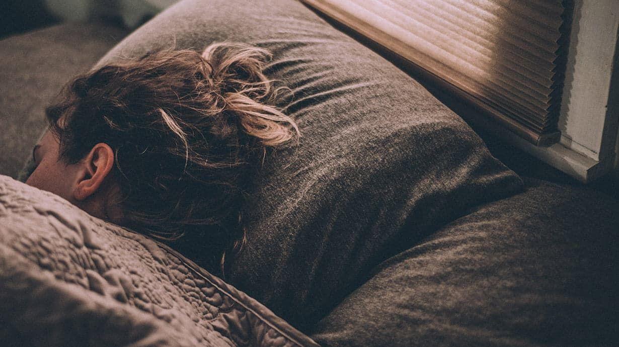 Insomnio, dormir bien, remedio natural para conciliar el sueño